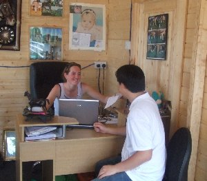 Avril Cassells talking to a new customer